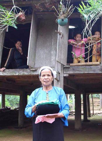 Projet pour l'ethnie Muong dans le village Ai