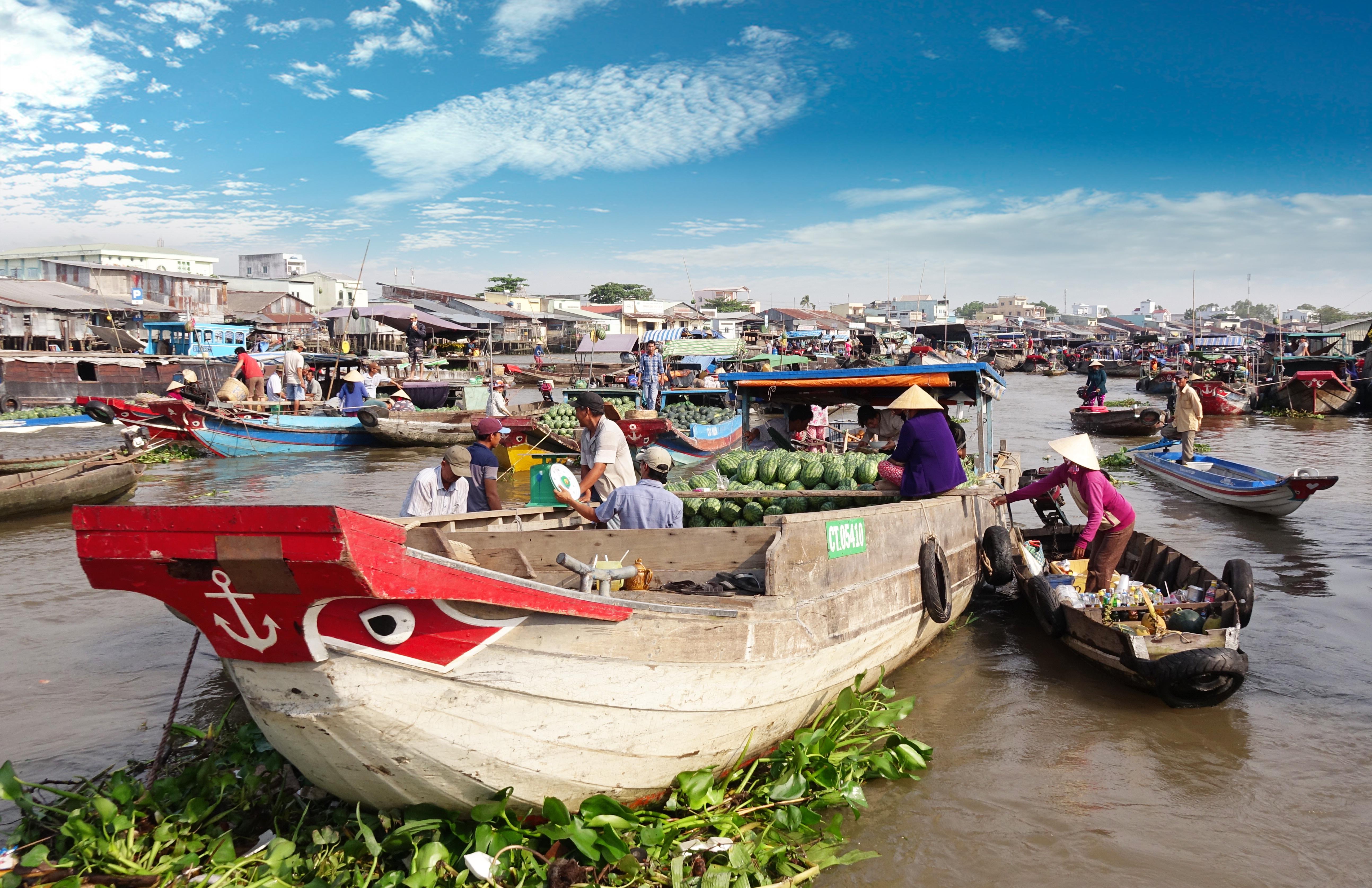 Der authentische schwimmende Markt Cai Rang im Delta des Mekong
